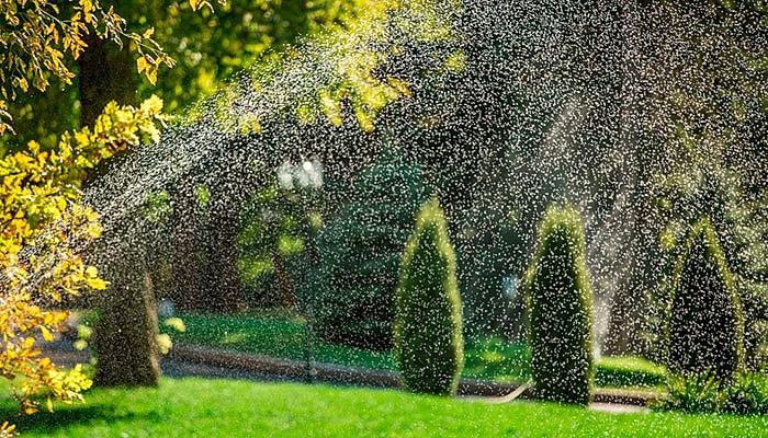 Комплексный автоматический полив в саду